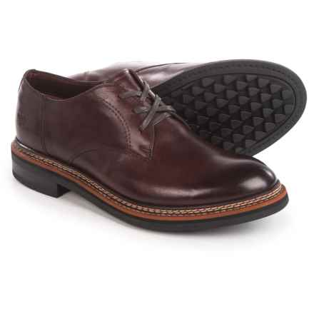 Caterpillar Hyde Oxford Shoes - Leather (For Men) in Burgundy - Closeouts