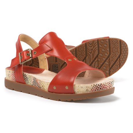 Caterpillar Tiki Leather Casual Sandals (For Women) in Paprika Print