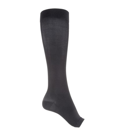 CEP Recovery+ Pro Knee High Compression Socks - Over the Calf (For Women) in Black