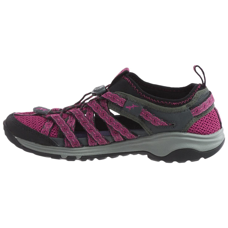 Chaco Outcross Evo  Water Shoes Women S