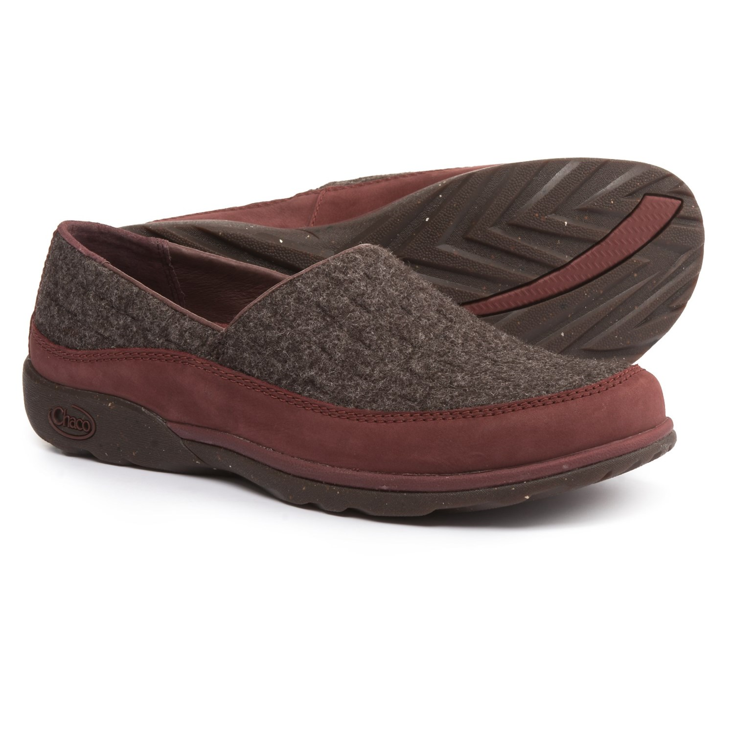 Chaco Sloan Shoes Slip Ons For Women In Baker Chocolate
