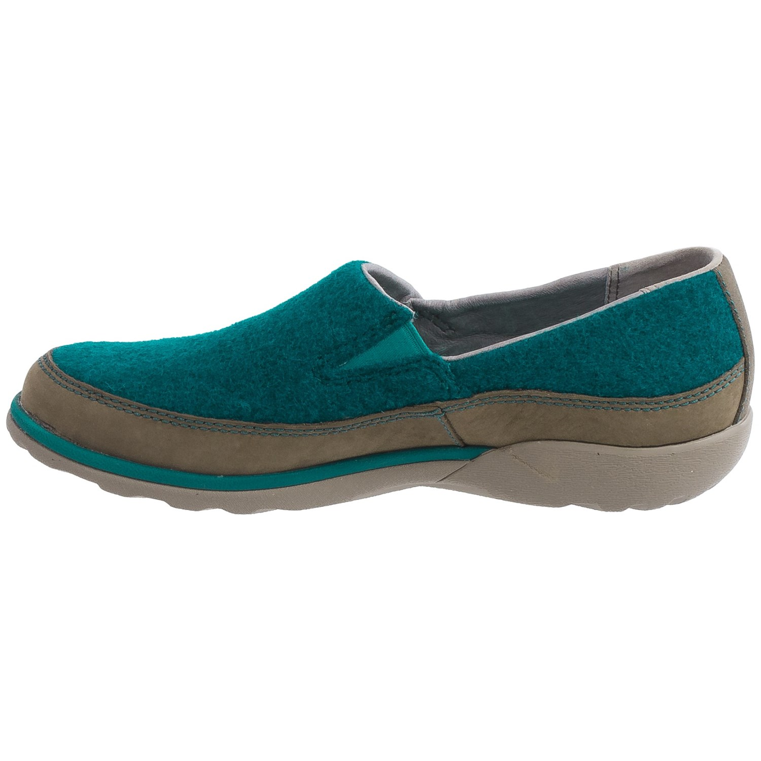 Chaco Sloan Shoes Slip Ons For Women
