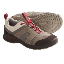 Chaco Vade Bulloo Shoes (For Women) in Salmon Run - Closeouts