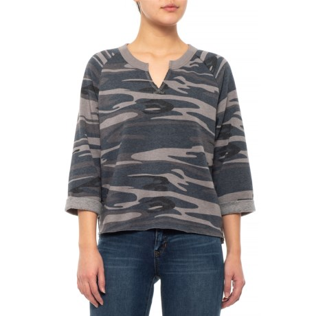 CLOSEOUTS. A weekend essential Alternative Appareland#39;s Champ Remix camo sweatshirt embraces the meaning of comfort with its soft, fleecy construction, relaxed fit and muted camo print. Available Colors: SLATE CAMO. Sizes: S, M, L, XL.