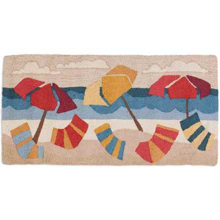 Chandler 4 Corners Hooked Wool Accent Rug - 2x4' in Beach Umbrellas - Closeouts