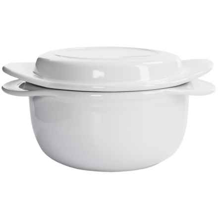 Chantal Make & Take Round Ceramic Casserole Dish with Lid in White - Overstock