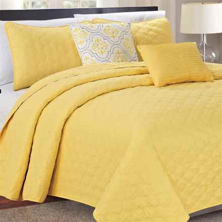 CHD Home Haywood Quilt Set - Queen, 5-Piece in Yellow - Closeouts