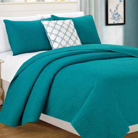 CHD Home Wakefield Cotton Quilt Set - Queen, 4-Piece in Turquoise - Closeouts