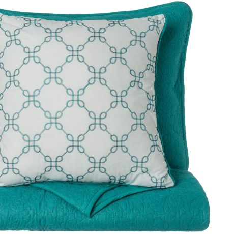 CHD Home Wakefield Quilt Set - King, 4-Piece in Teal W/White
