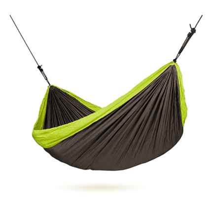 Chillax Double Travel Hammock with Integrated Suspension in Green - Closeouts