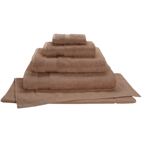 Christy Radiance Color Plus Bath Towel - 600gsm in Fudge