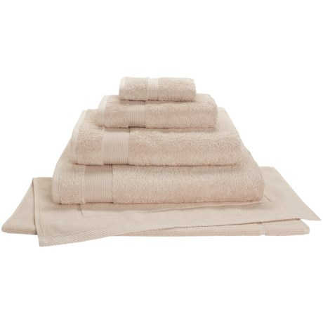 Christy Radiance Color Plus Bath Towel - 600gsm in Irish Linen