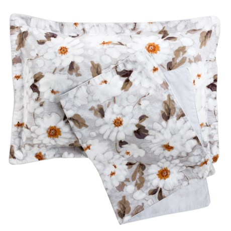 Christy Snowflower Pillow Shams King, 300 TC Cotton, Pair