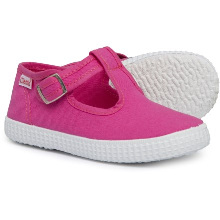 e9fe81b3221b Cienta Made in Spain T-Strap Shoes (For Girls) in Fuchsia