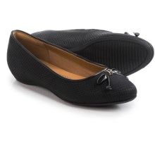 Clarks Alitay Giana Flats - Leather (For Women) in Black Nubuck - Closeouts