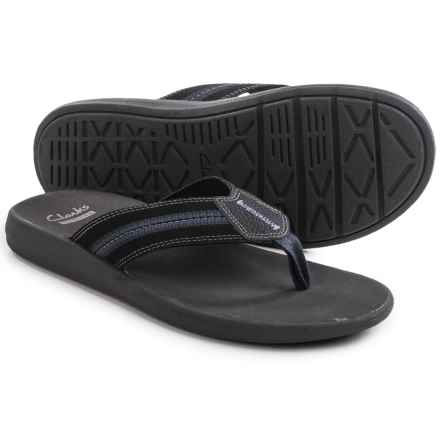 Clarks Beayer Walk Flip-Flops (For Men) in Black - Closeouts