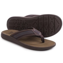 Clarks Beayer Walk Flip-Flops (For Men) in Brown - Closeouts