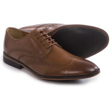 Clarks Bostonian Gellar Wingtip Shoes - Leather (For Men) in Tan Leather - Closeouts