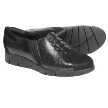 Clarks Daelyn Vista Shoes - Leather (For Women) in Black Leather - Closeouts