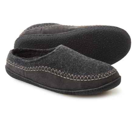 Clarks Fleece and Suede Clog Slippers (For Men) in Grey - Closeouts