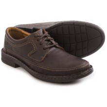 Clarks Kyros Edge Lace-Up Shoes - Leather (For Men) in Brown Tumbled - Closeouts