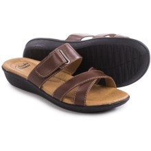 Clarks Manilla Pluma Sandals - Leather (For Women) in Brown Leather - Closeouts