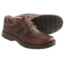 Clarks Northfield Lace Shoes (For Men) in Brown Oily Leather - Closeouts
