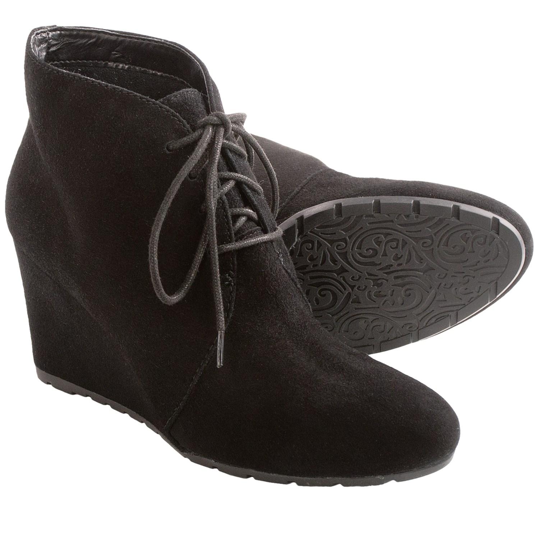 Clarks Timeless Loafer for Women | Shoesnamm