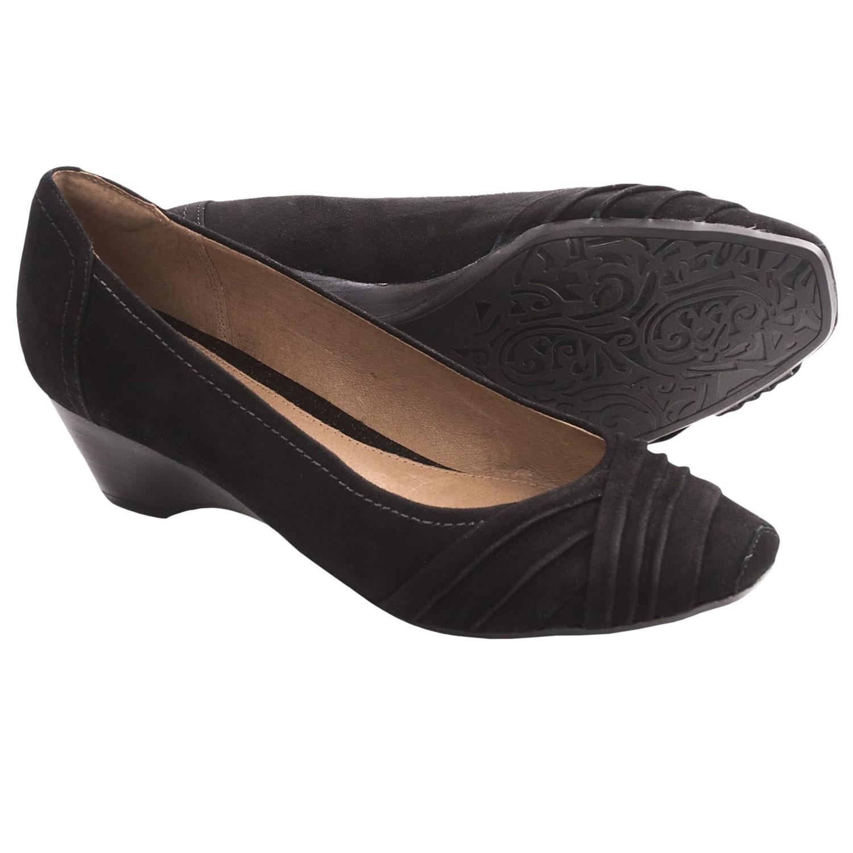 Shop for Clarks | Footwear | online at Freemans