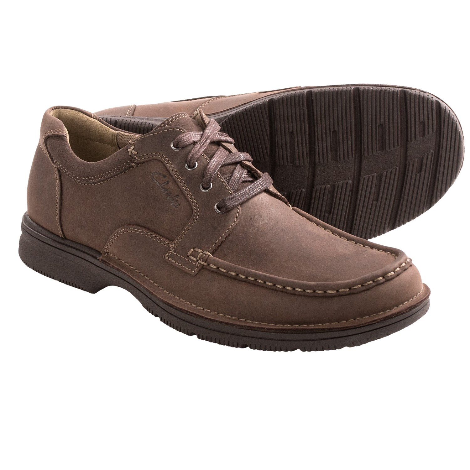 clarks shoes for men. Check out the exciting selection of Clarks shoes for men now at Stylight! You'll be amazed by the countless range of styles Clarks offers men of all ages.