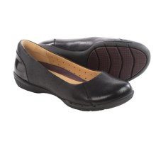 Clarks Un Hearth Shoes - Flats (For Women) in Black Leather - Closeouts
