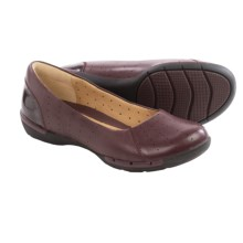 Clarks Un Hearth Shoes - Flats (For Women) in Burgundy Leather - Closeouts