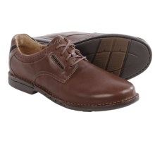 Clarks Un.Corner Plain Toe Shoes - Leather (For Men) in Brown Leather - Closeouts