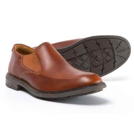 Clarks Unelott Step Loafers - Leather, Slip-Ons (For Men) in Tan Leather - Closeouts