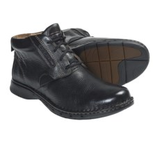 Clarks Un.Furl Leather Ankle Boots (For Men) in Black - Closeouts