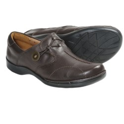 Clarks Un.Maple Shoes - Leather (For Women) in Navy