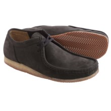Clarks Wallabee Run Leather Shoes (For Men) in Black Nubuck - Closeouts