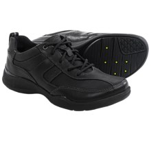 Clarks Wave.Course Shoes (For Men) in Black Leather - Closeouts