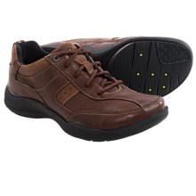Clarks Wave.Course Shoes (For Men) in Brown Leather - Closeouts