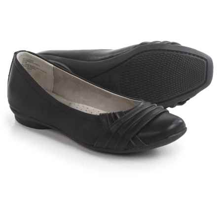 Cliffs by White Mountain Halfrida Shoes - Slip-Ons (For Women) in Black - Closeouts