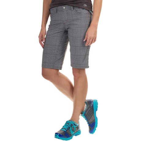 Club Ride Freedom Shorts (For Women) in Raven Trip