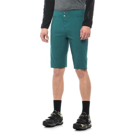 Club Ride Synergy Bike Shorts (For Men) in Dragonfly