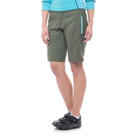 Club Ride Ventura Cycling Shorts (For Women) in Jollie Ollie