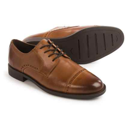 Cole Haan Dustin Oxford Shoes - Leather (For Men) in Tan - Closeouts