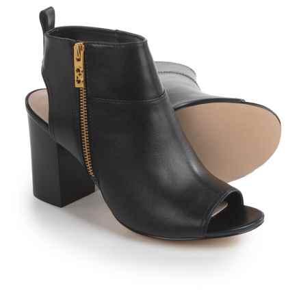 Women's Dress Boots: Average savings of 57% at Sierra Trading Post