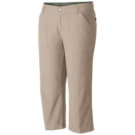 Columbia Sportswear Arch Cape Omni-Shade® Capris - UPF 15 (For Women) in Fossil - Closeouts