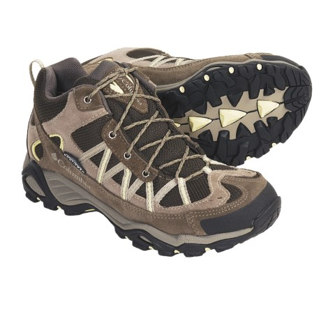 Columbia Sportswear Ashlane Mid Hiking Boots (For Women) in Mud/Daiquiri