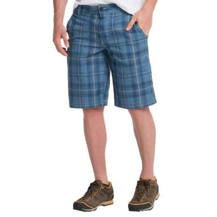 Columbia Sportswear Castlewood Shorts (For Men) in Night Tide Plaid - Closeouts
