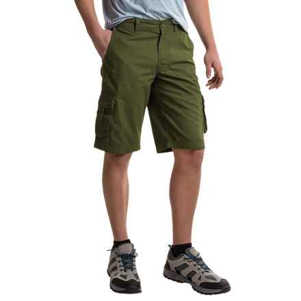 Columbia Sportswear Chatfield Range Cargo Shorts (For Men) in Surplus Green - Closeouts