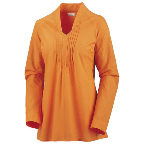 Columbia Sportswear Clear Coasts 30 Tunic Shirt - Long Sleeve (For Women) in Marmalade/Corded Lawn